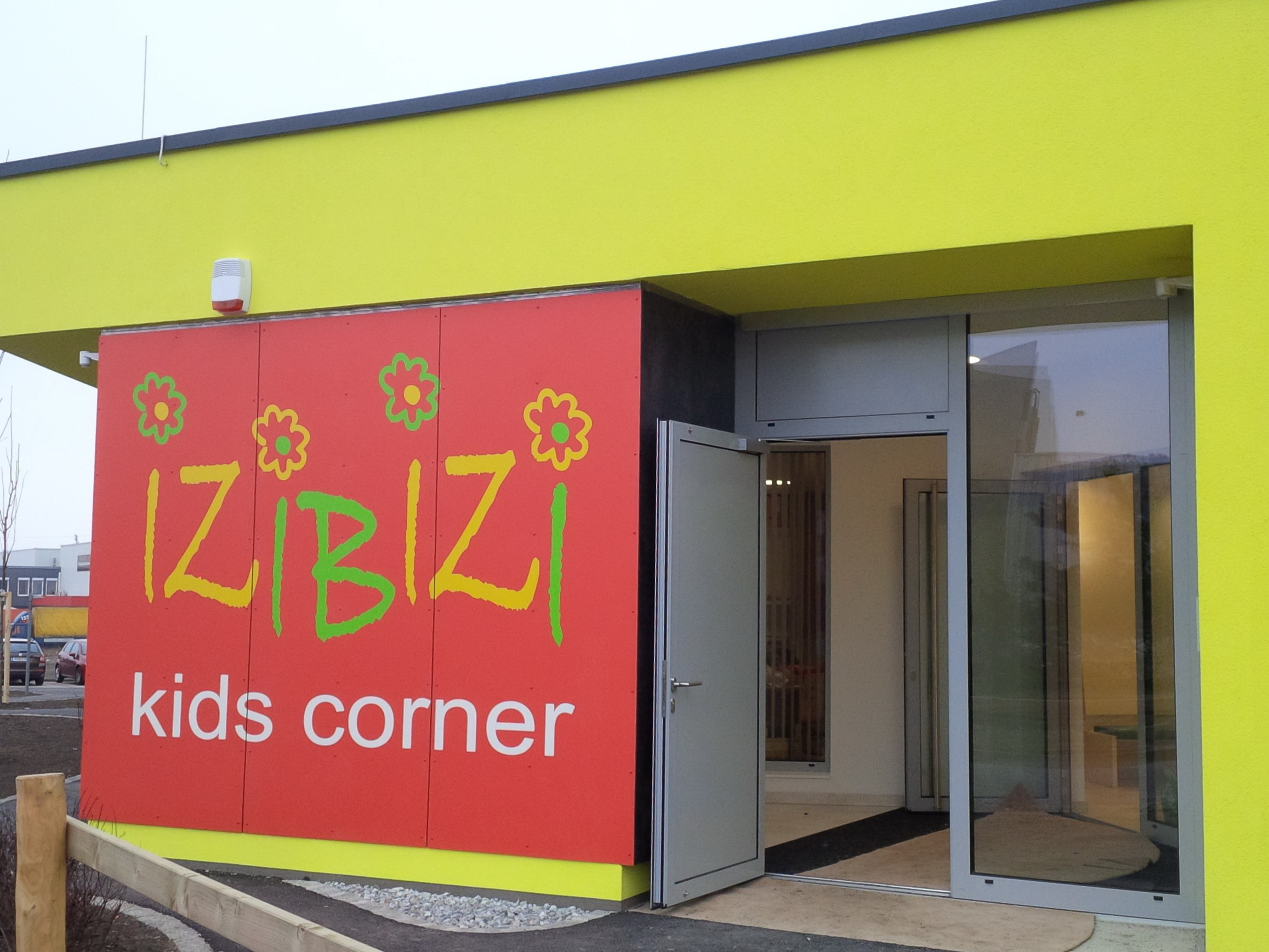 kids corner – IZIBIZI
